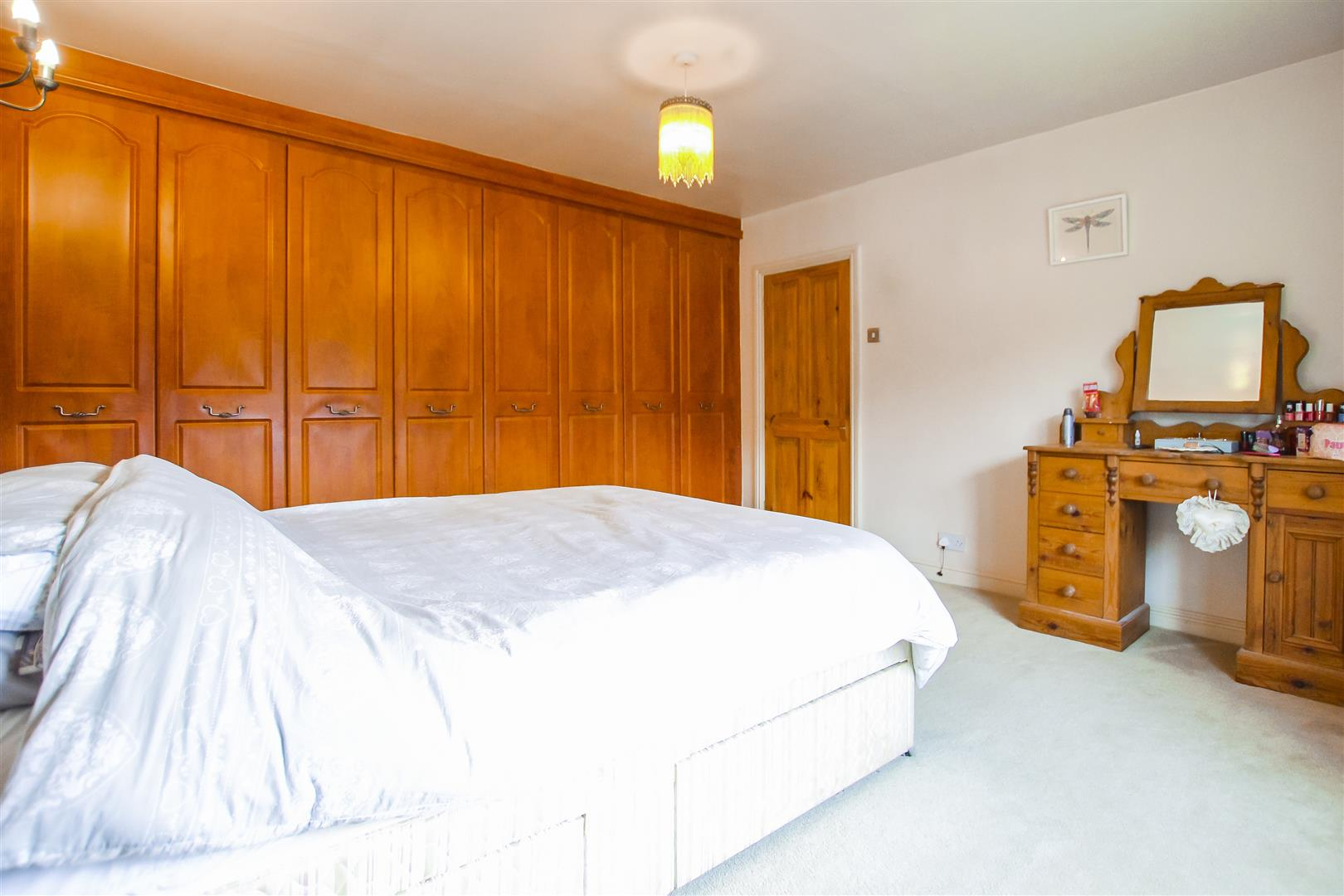 4 Bedroom Farmhouse For Sale - Image 23